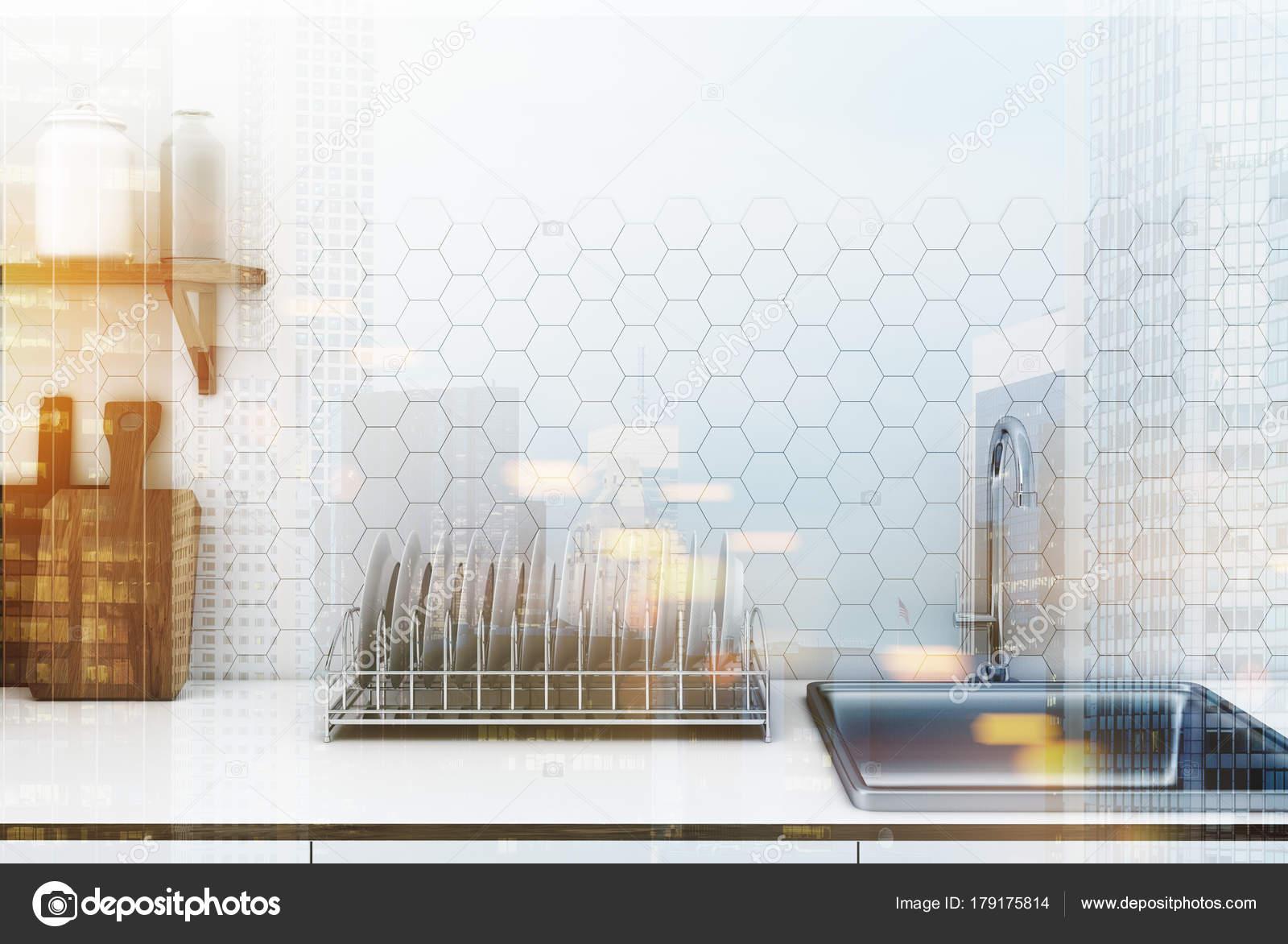 Tegels Keuken Witte : Witte zeshoek tegel keuken aanrecht toned u2014 stockfoto
