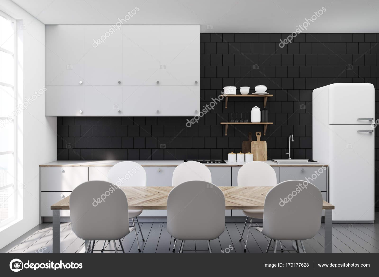 Nero piastrella piani cucina bianco u foto stock denisismagilov