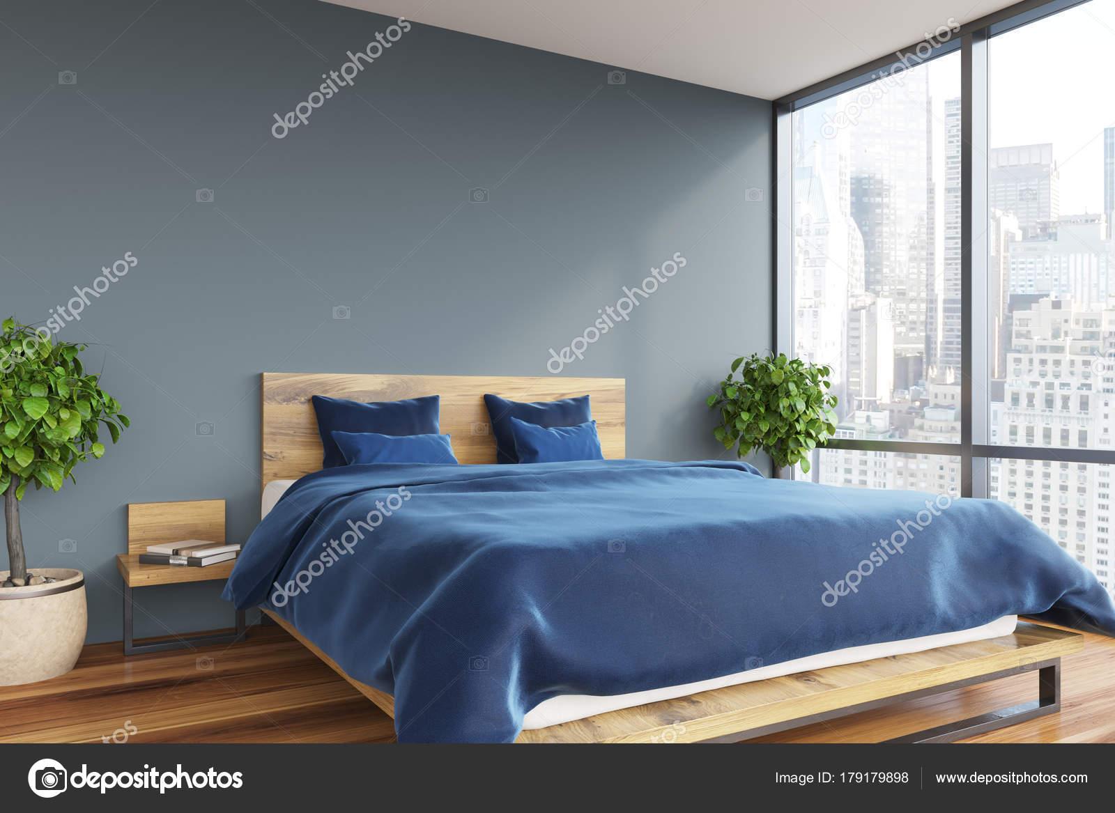 Camera Da Letto Grigio Chiaro : Grigio blu camera da letto u foto stock denisismagilov