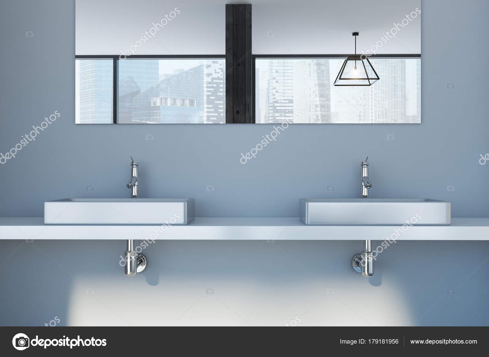 Lavello Bagno Doppio : Parete grigia bagno doppio lavabo chiuda u foto stock