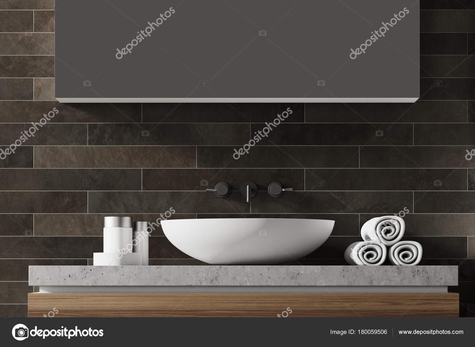 Lavandino del bagno di mattoni nero u2014 foto stock © denisismagilov