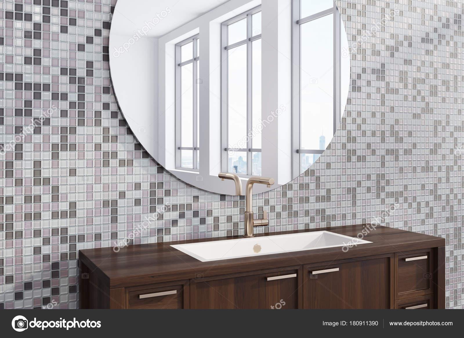 Badkamer Grijze Tegels : Grijze tegels badkamer wastafel kant u2014 stockfoto © denisismagilov