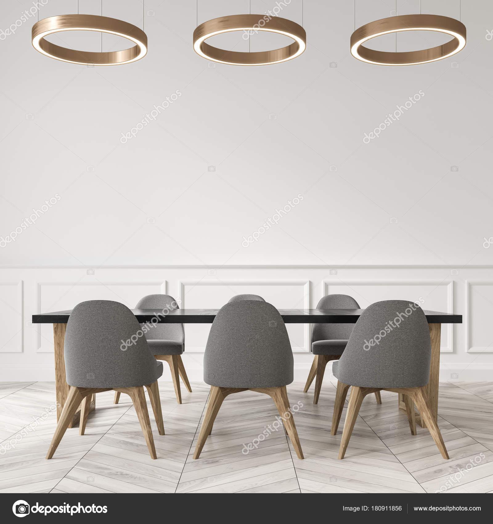 Eetkamer wit, grijze stoelen close-up — Stockfoto © denisismagilov ...