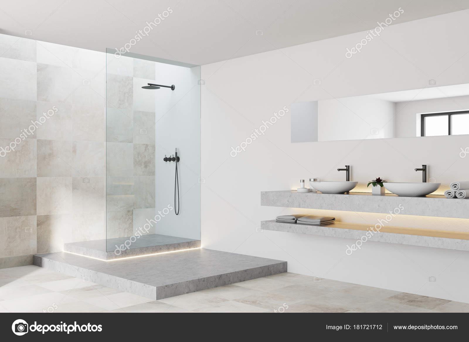 Lato interno bianco e piastrelle bagno u2014 foto stock © denisismagilov