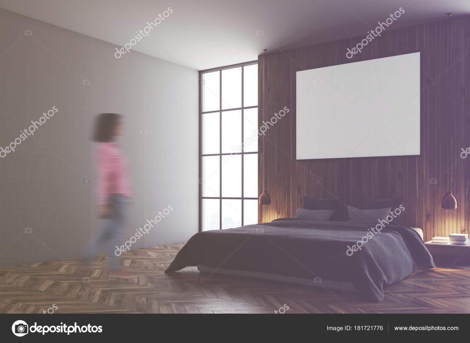 Grijs en houten slaapkamer, grijze bed, poster toned — Stockfoto ...