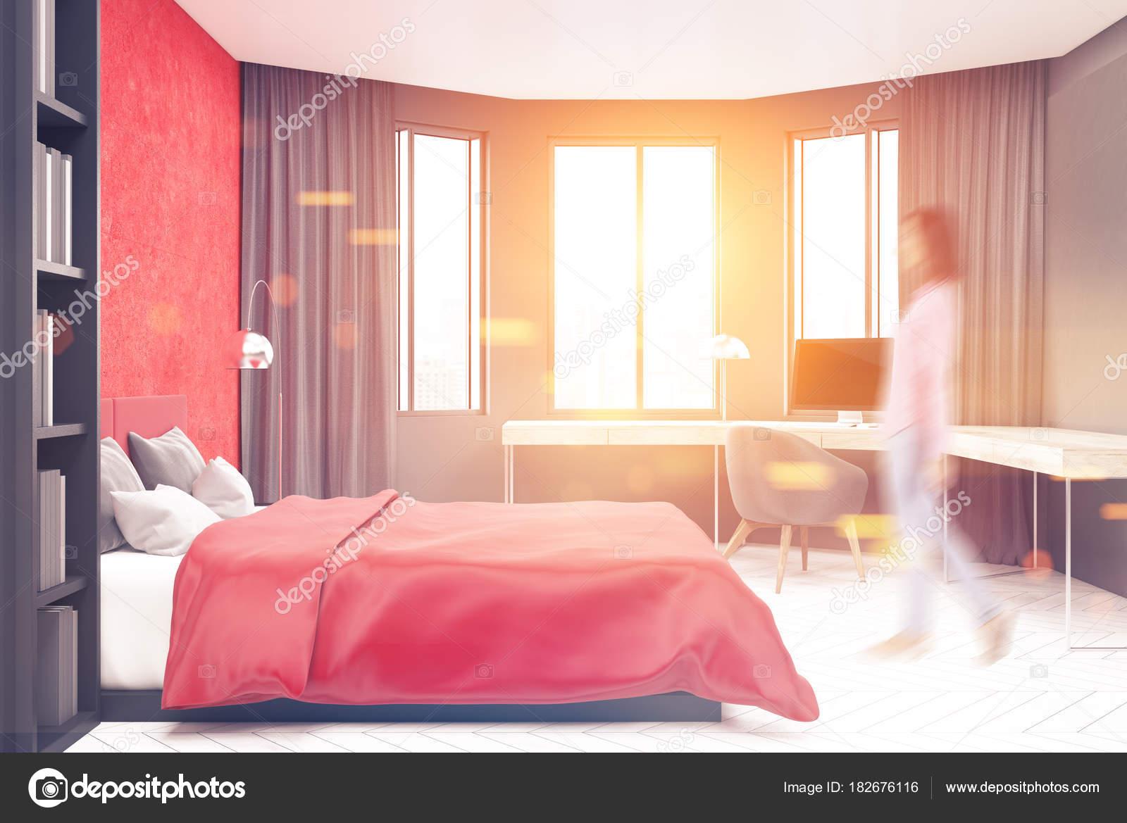 Pareti Grigie E Rosse : Camera da letto grigio e rosso computer sfocatura u foto stock