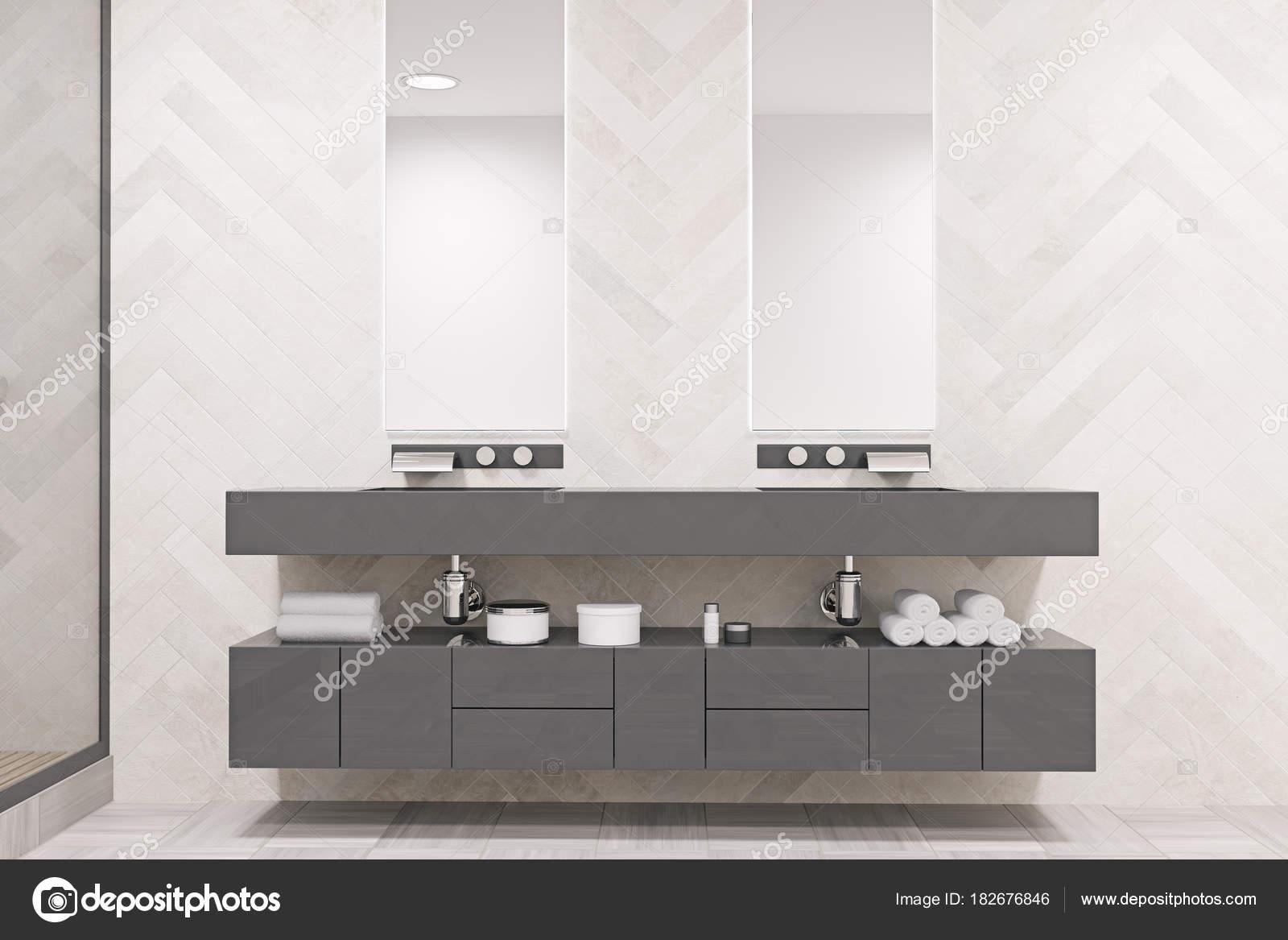 Grijze dubbele wastafel badkamer — Stockfoto © denisismagilov #182676846