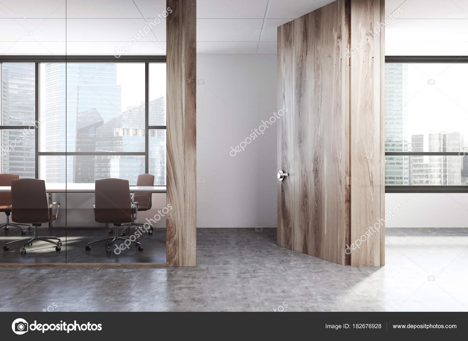 Ufficio Bianco E Legno : Ufficio bianco e legno sala riunioni u foto stock