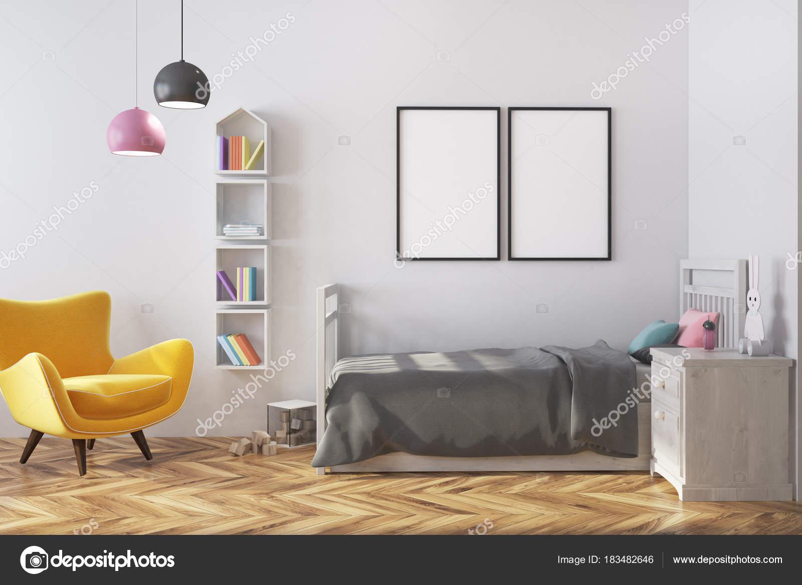Posters In Interieur : Kindergarten interieur sessel und poster u stockfoto