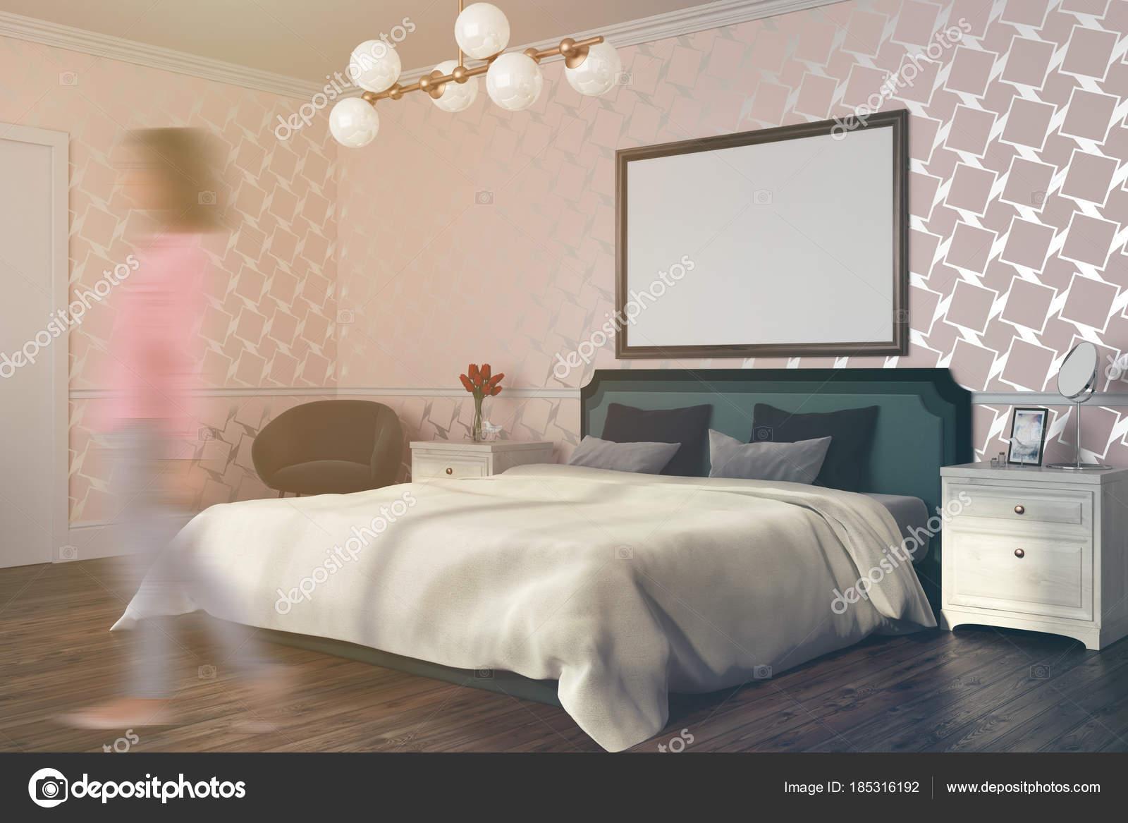 Chambre à coucher modèle blanc avec une affiche aux tons ...