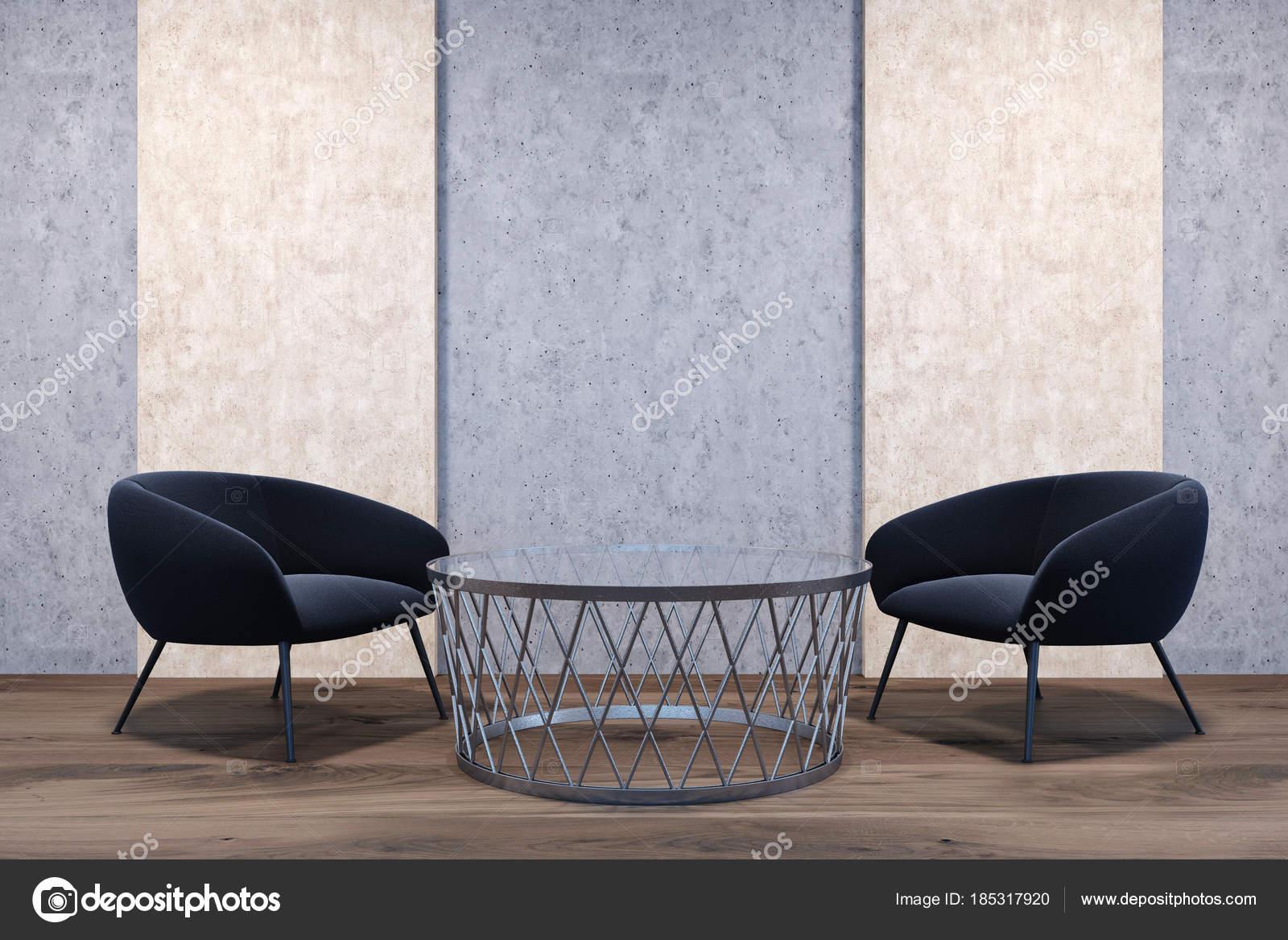 Fauteuils noirs dans une chambre beige et grise — Photographie ...
