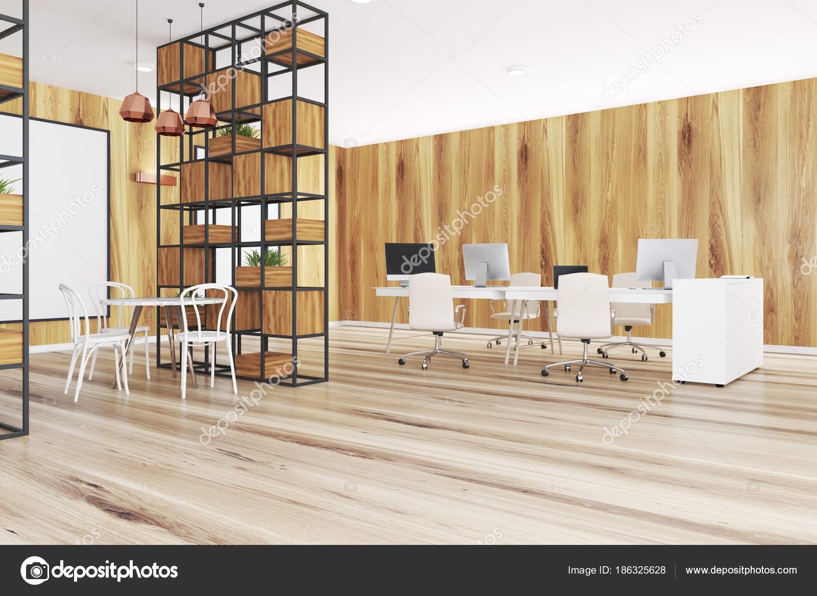Lichte houten kantoor hoek planten poster u stockfoto