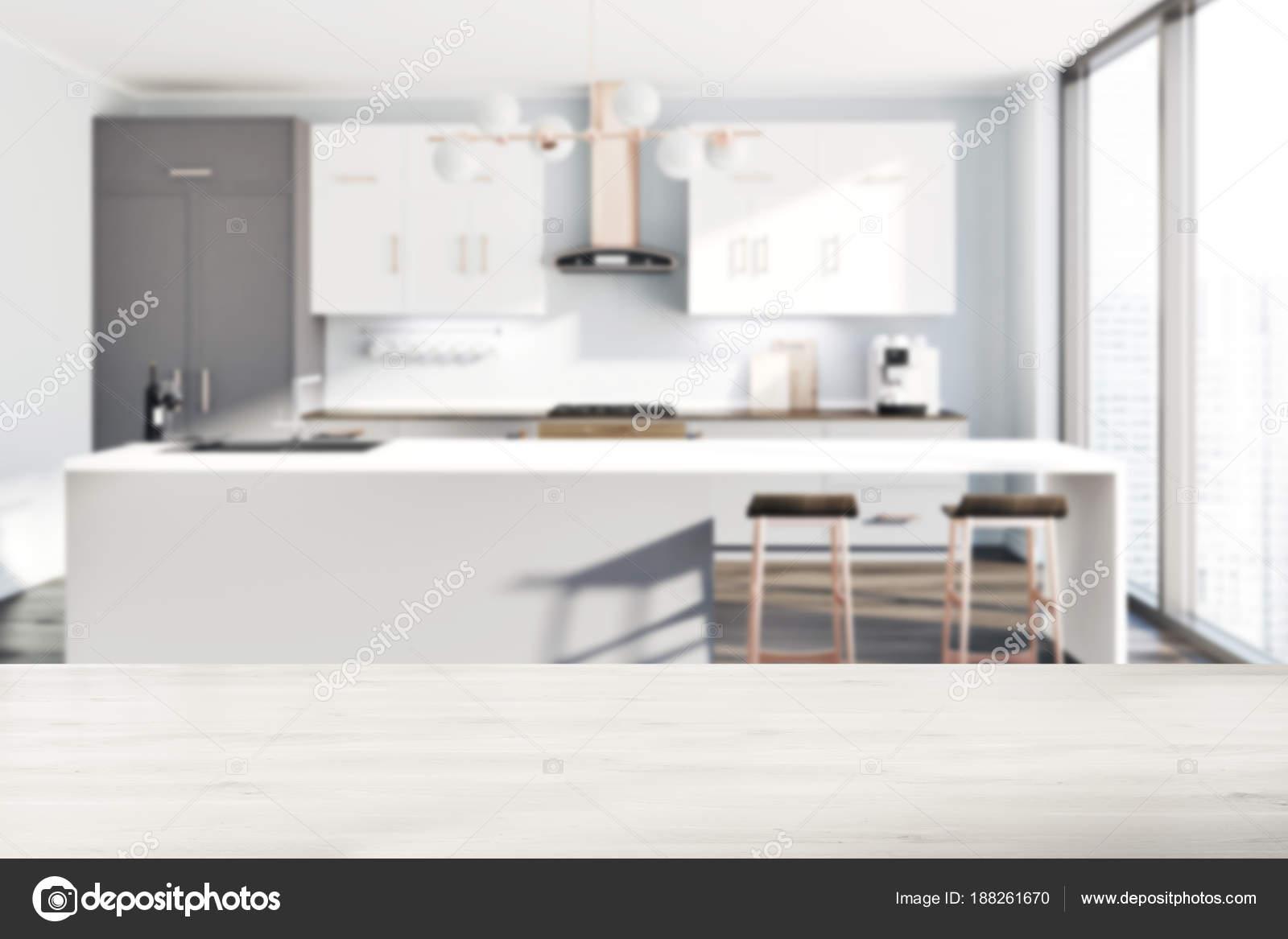 Banconi da cucina bianco, grigio, tabella sfocatura — Foto Stock ...