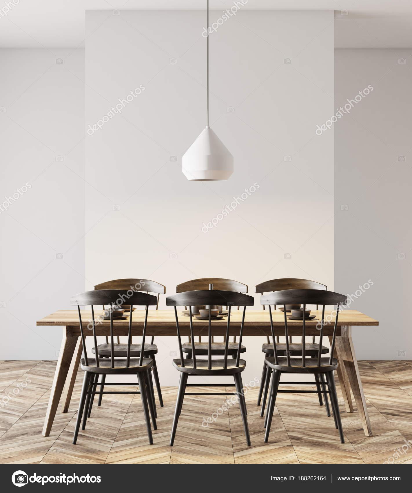 Eetkamer, zwarte stoelen, lamp wit — Stockfoto © denisismagilov ...