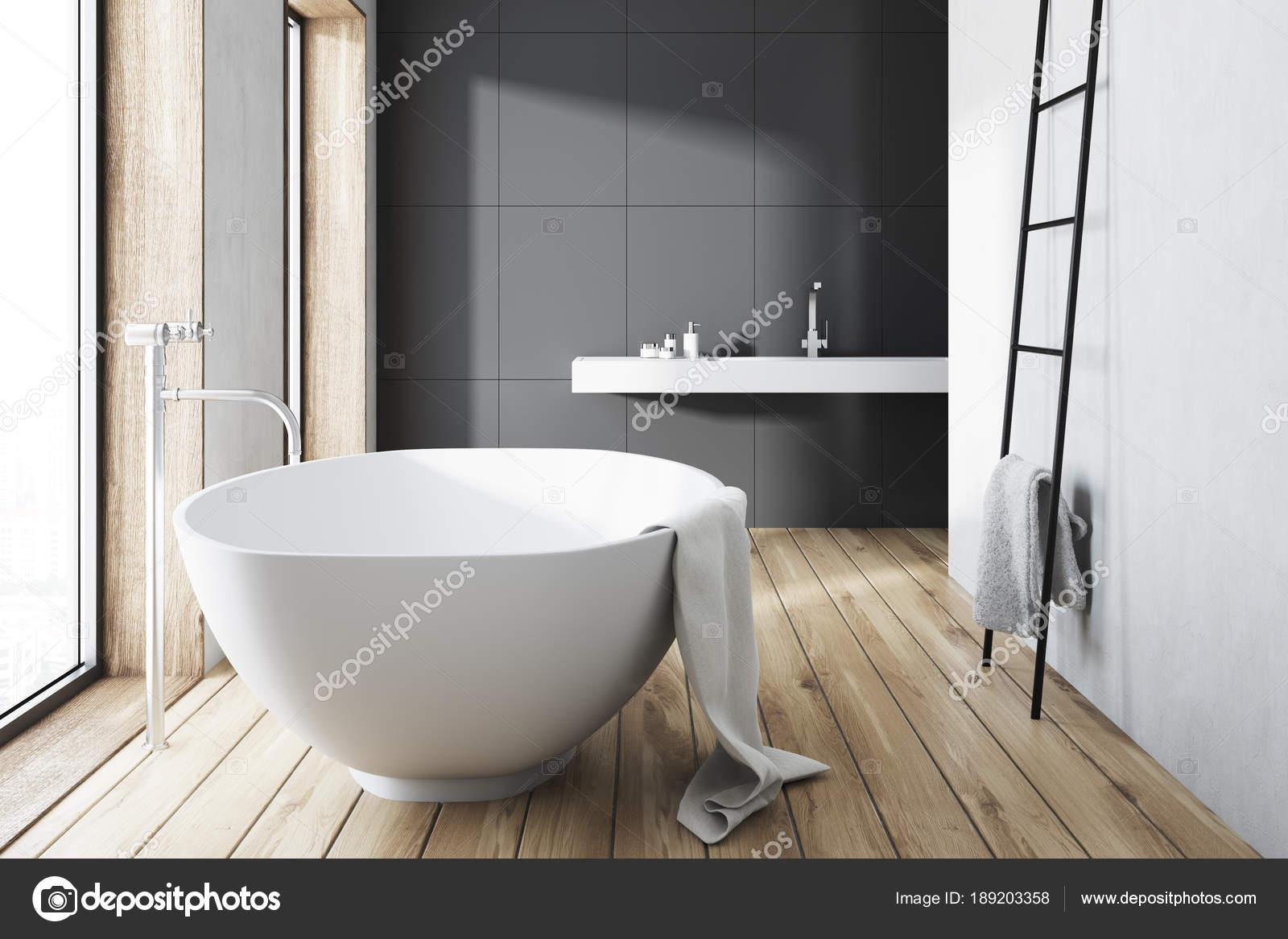 Bagno grigio vasca bianca scaletta u2014 foto stock © denisismagilov