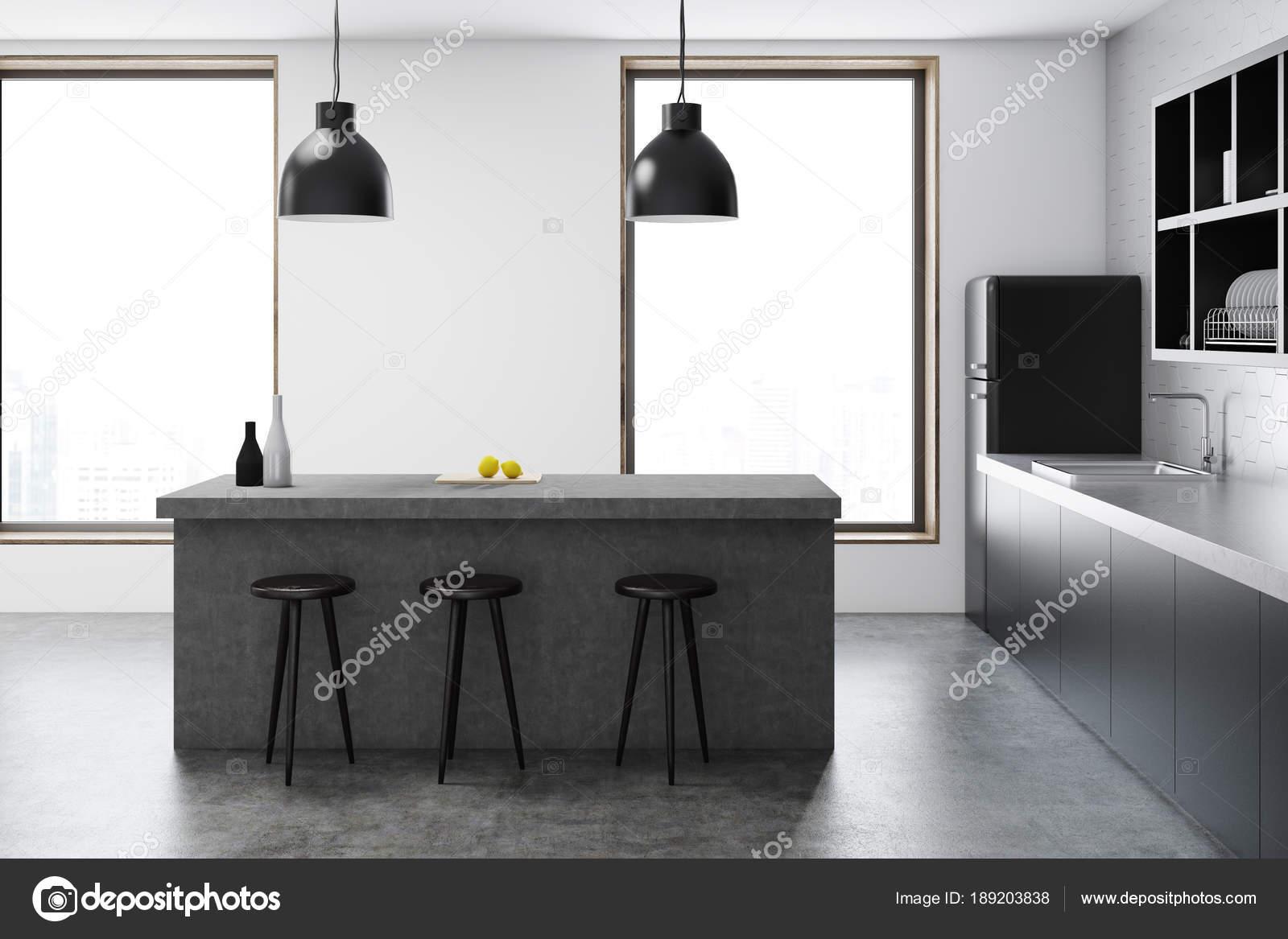 Keuken Moderne Bar : Moderne keuken met bar u stockfoto denisismagilov