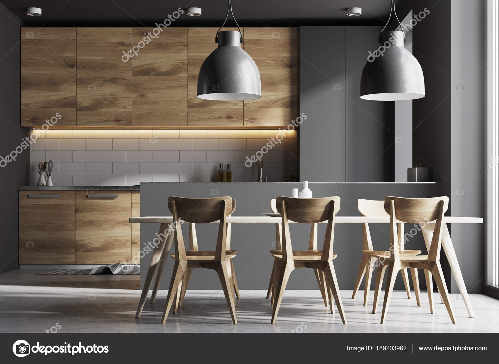 Grau Und Holz Kuche Mit Tisch Stockfoto C Denisismagilov 189203962