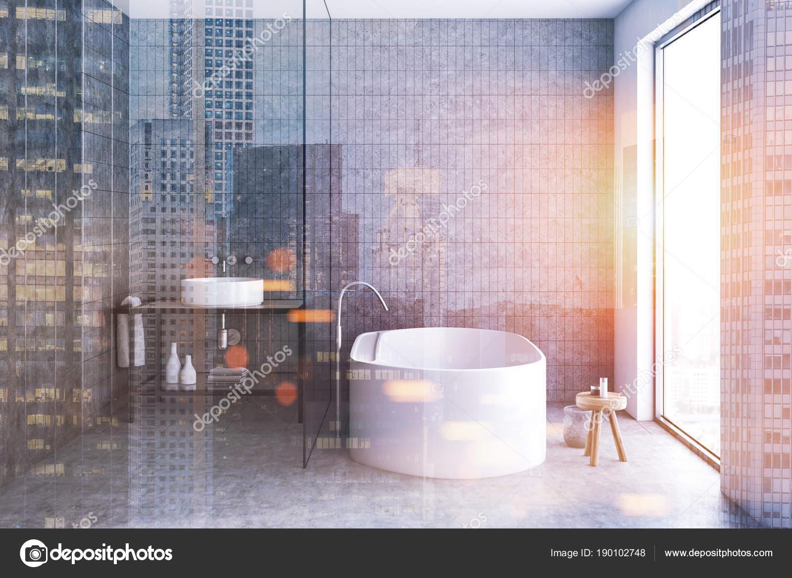 Salle de bain intérieur, avant l\'affichage en mosaïque gris ...