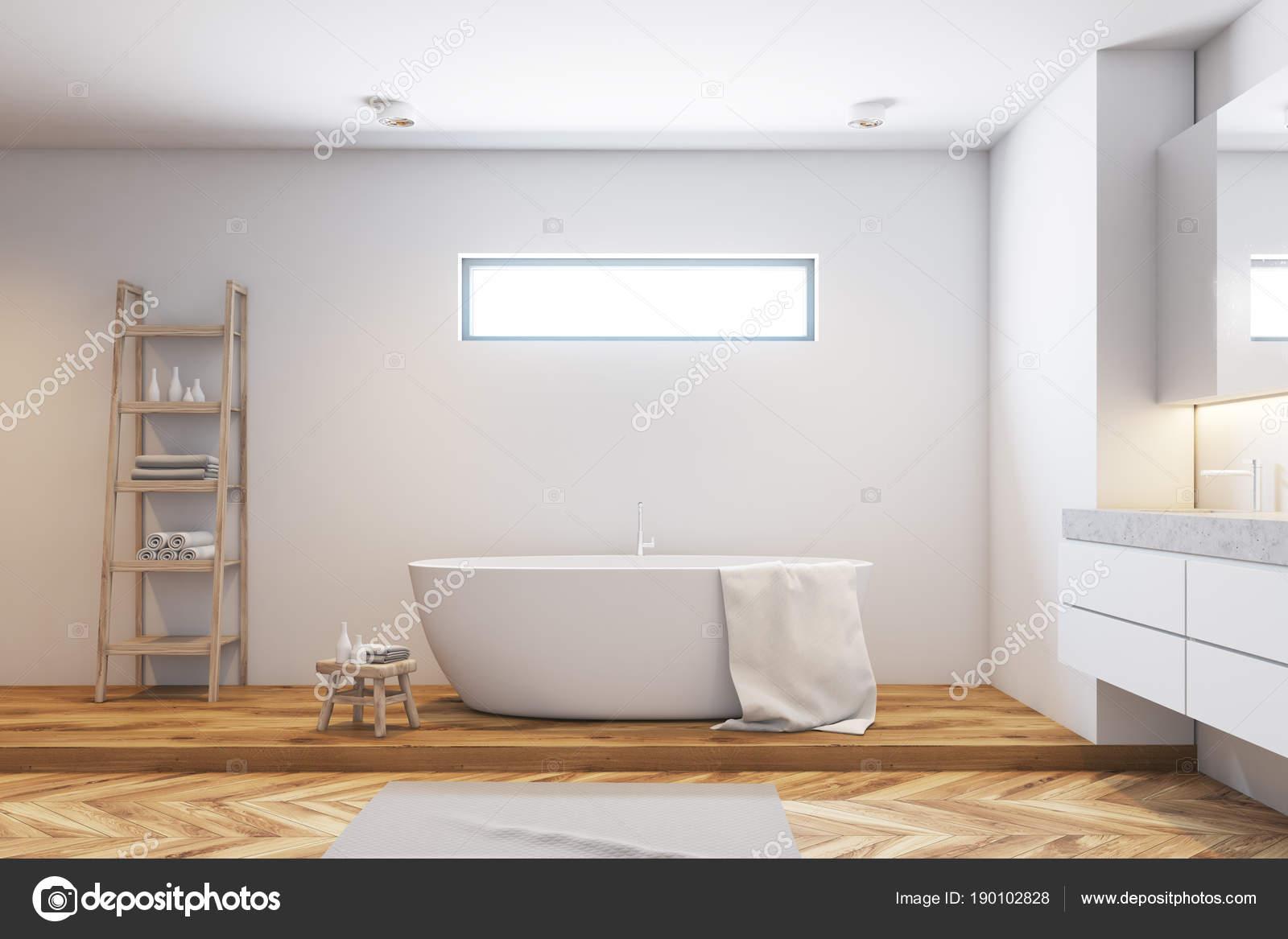 Weiße Fliesen Badezimmer Interieur, Seitenansicht — Stockfoto ...