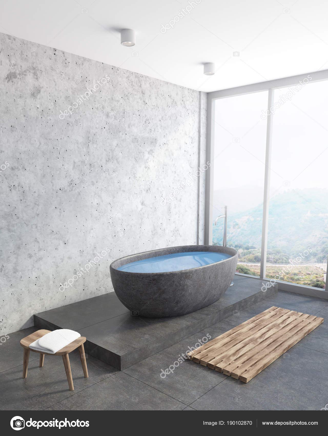 Angolo di bagno moderno, vasca grigio scuro\u2013 immagine stock
