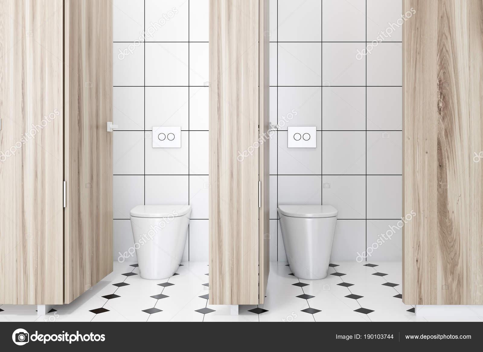 Houten muur openbare toilet interieur betegelde vloer u2014 stockfoto