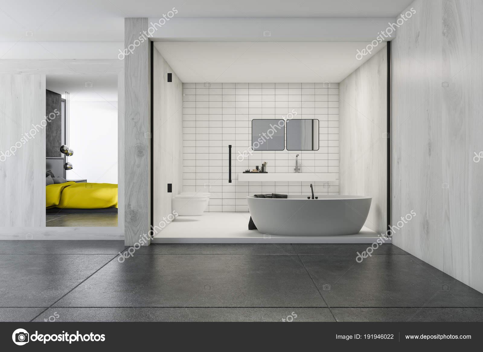 Gefliestes Badezimmer und ein Schlafzimmer — Stockfoto ...