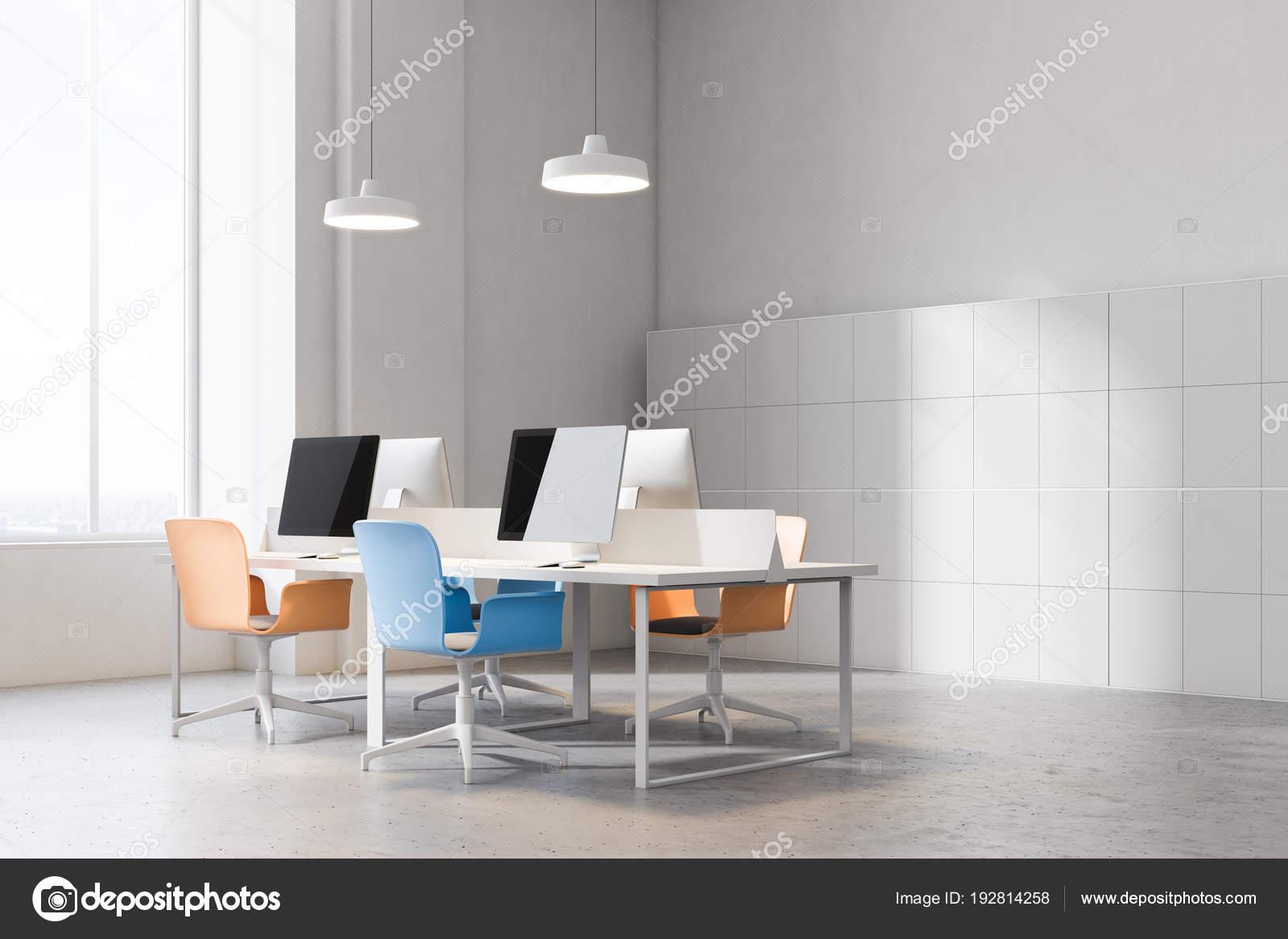 Oranges Coin Et Chaises Photographie Bureau De Bleues — Onv8ymN0w