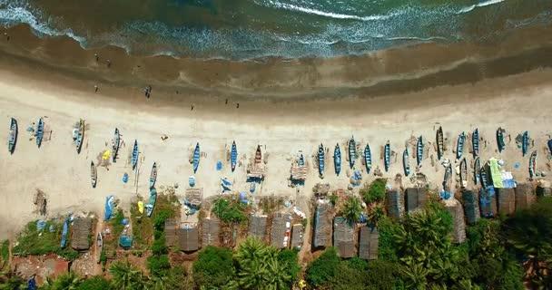 Letecký pohled na pláže v Arambol, Goa, Indie