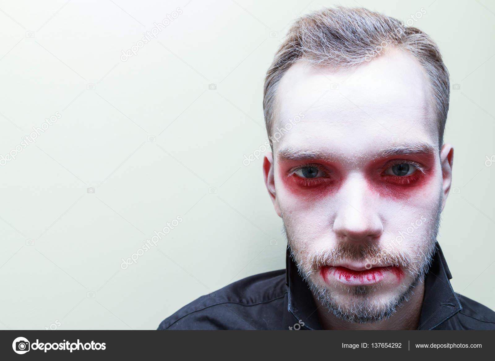 Trucco Halloween Vampiro Uomo.Vettore Trucco Di Vampiro Maschio Trucco Vampiro Uomo Foto