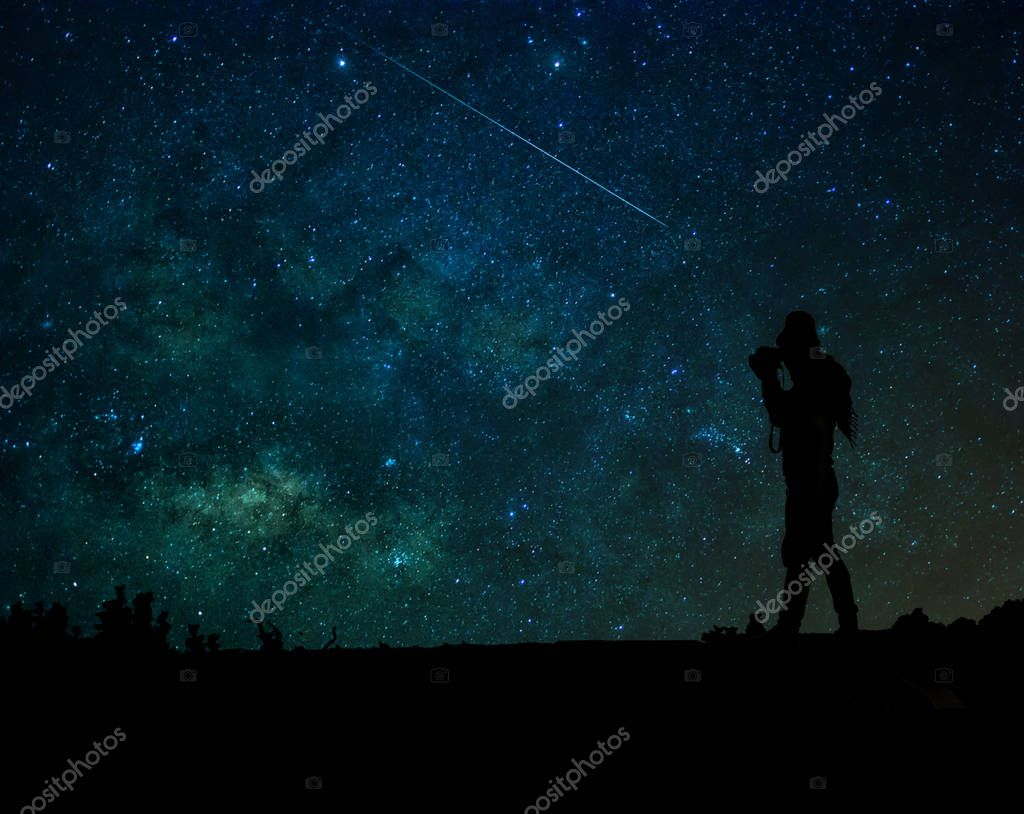 photographer who taking photo the milky way