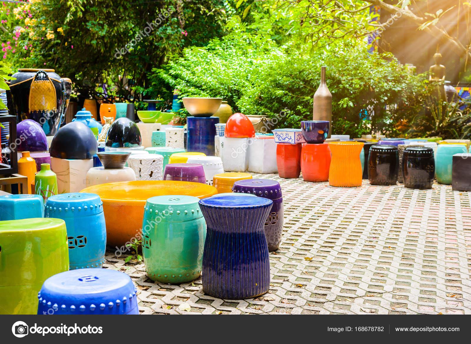 Wielobarwny Miski Ceramiczne Kolorowe Doniczki I Kubki Lub