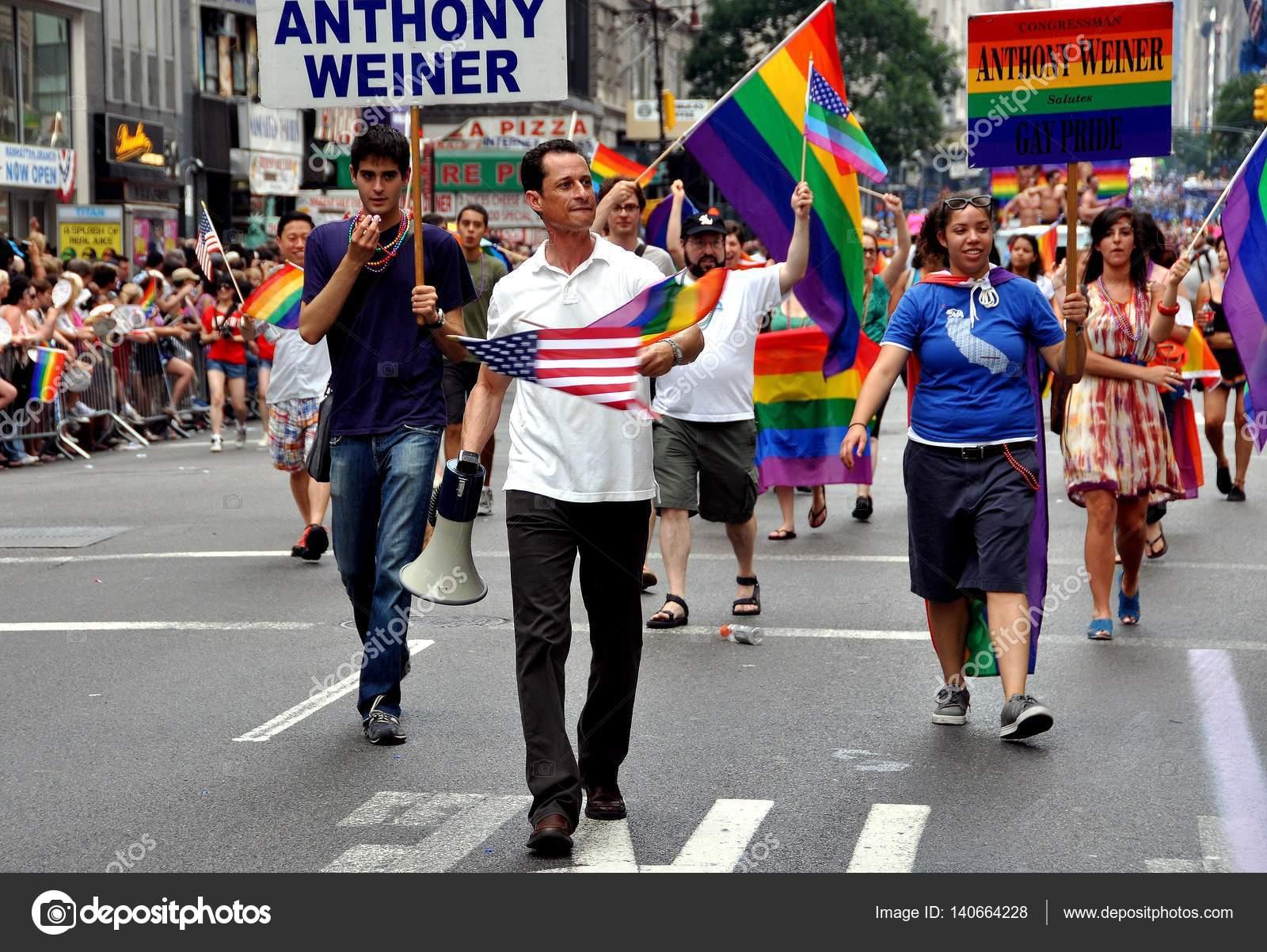 Anthony weiner gay galleries 533