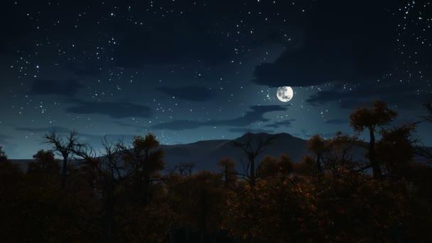 A telihold alatt kísérteties erdő Halloween éjszaka 4k