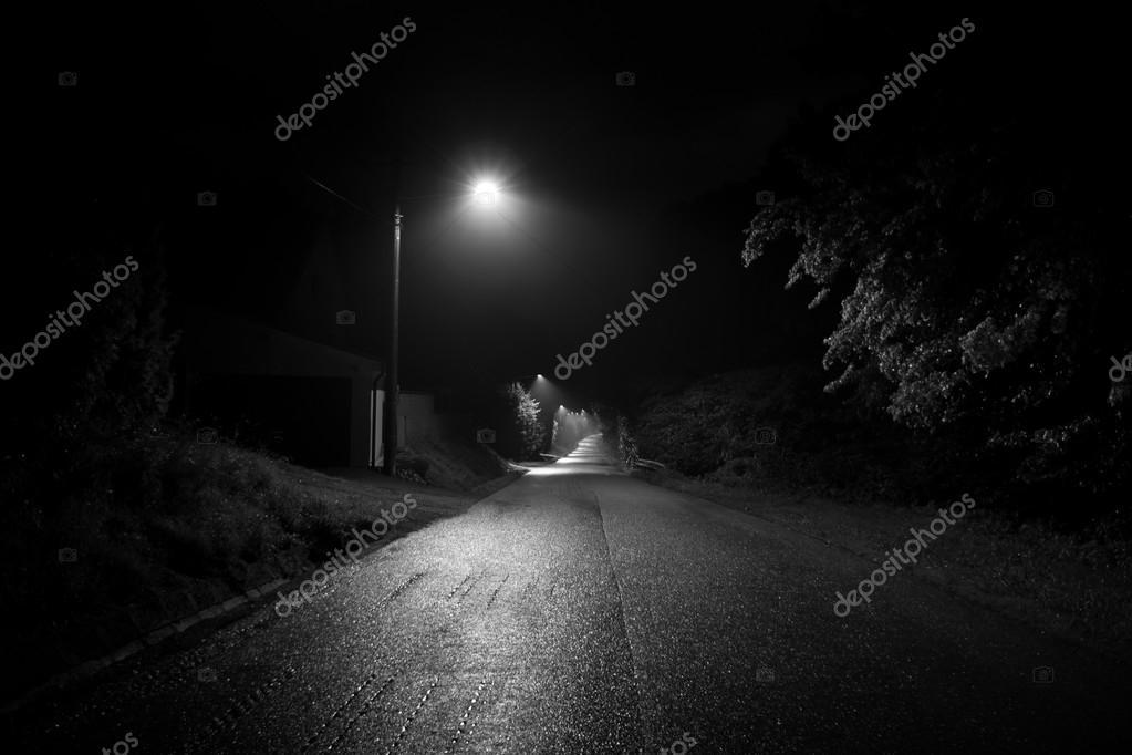 Lampe De Rue De Nuit Photographie Pemaphoto C 126365538