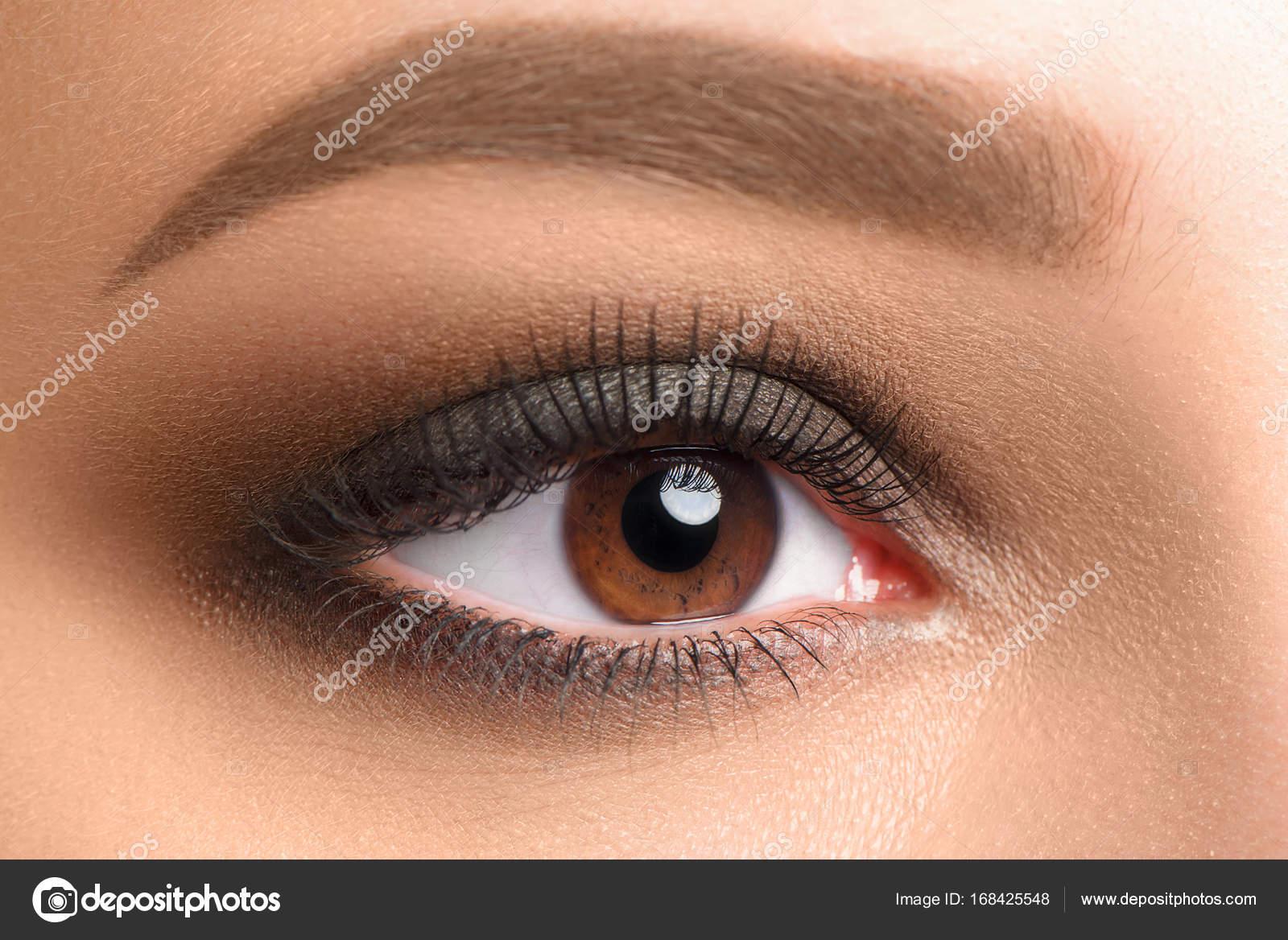Offenen Weibliche Braune Augen Make Up Stockfoto Imagensby