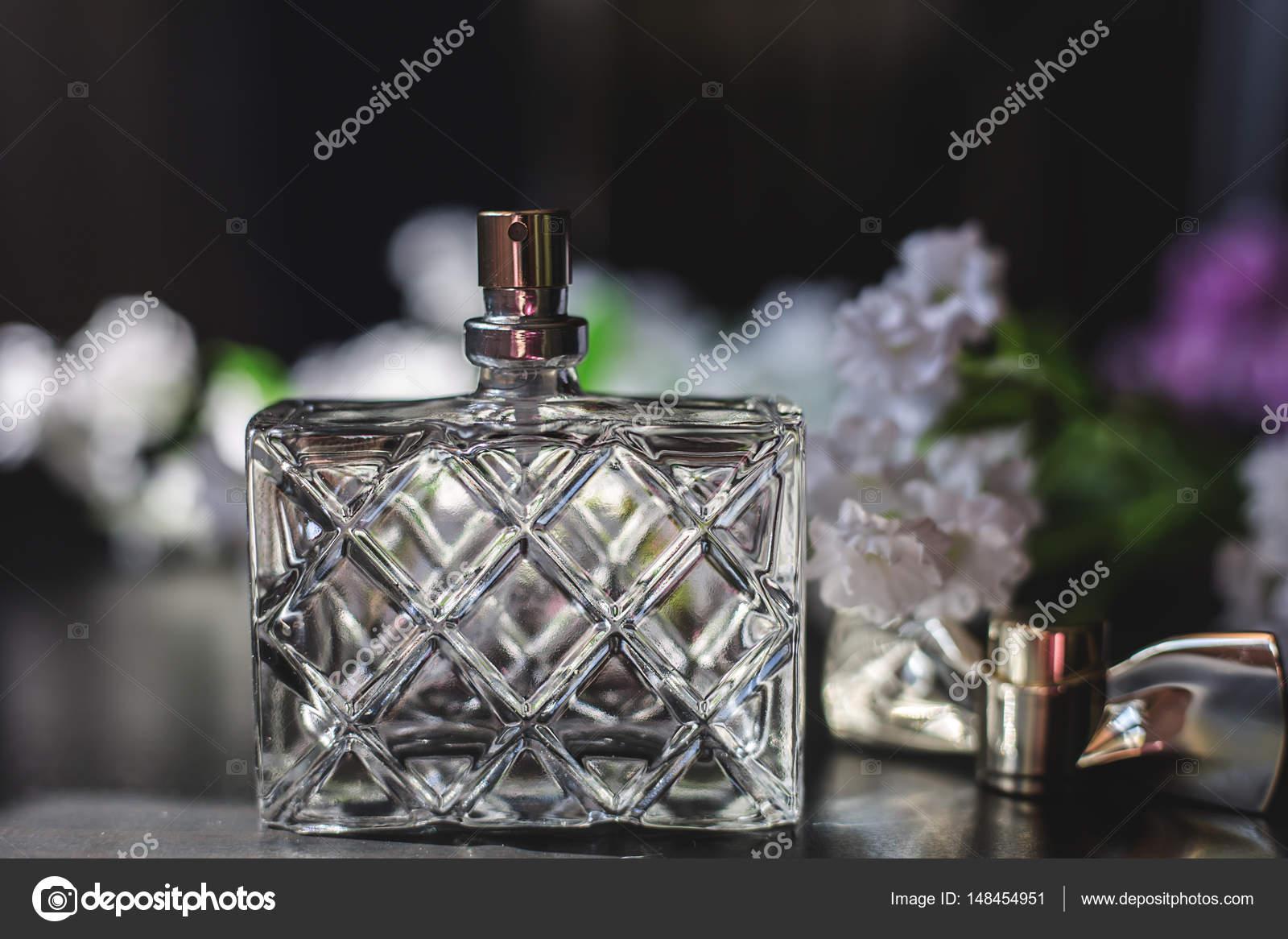 Femme Parfum Blanches De — Martyna1802 Fleurs Flacon Photographie 8knw0XOP