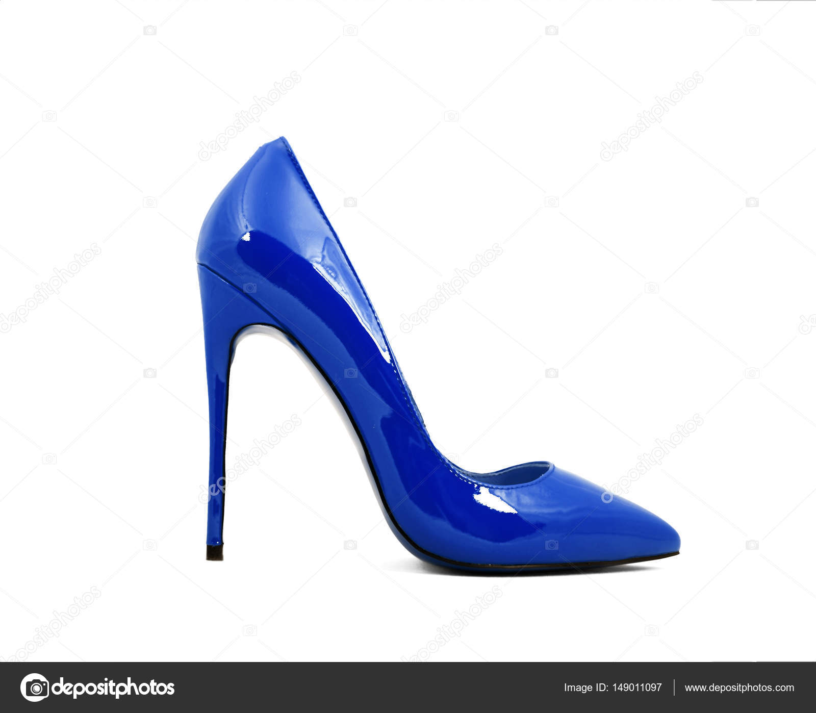 la mejor actitud 05406 a2b2d Zapatos azules de mujer tacones, aislados sobre fondo blanco ...