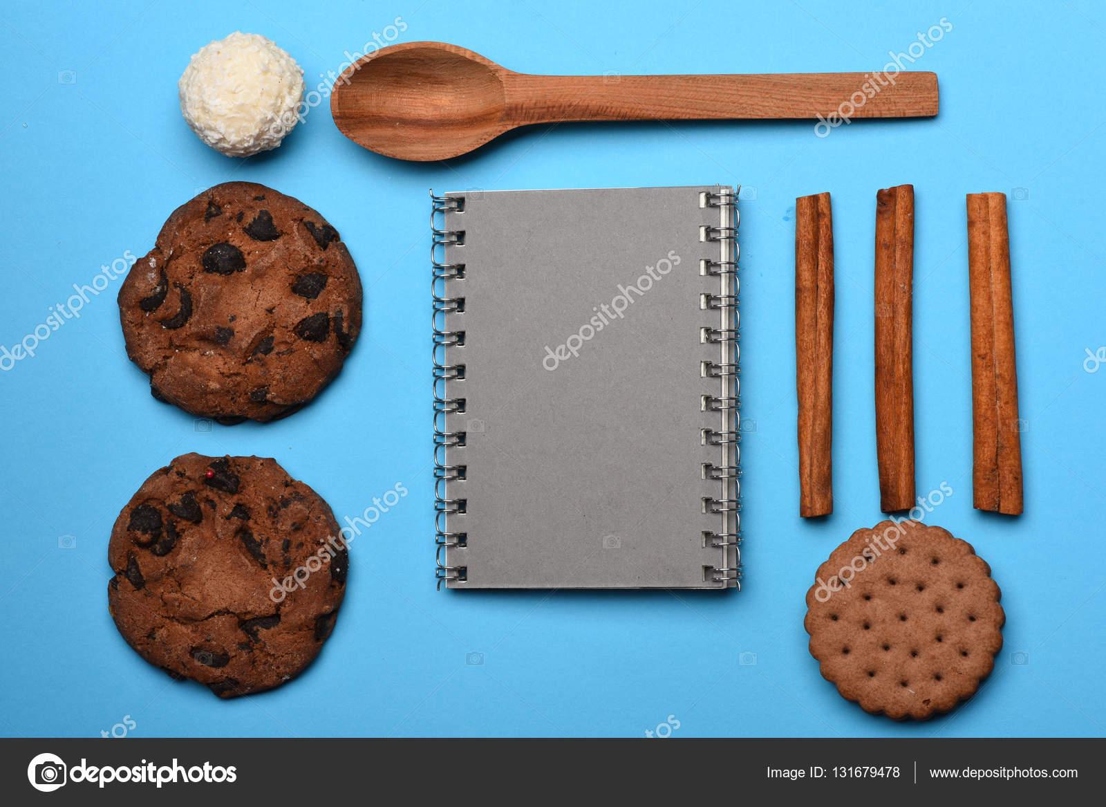 Ciasteczka Czekoladowe Z Ksiazki Kucharskiej Zdjecie Stockowe