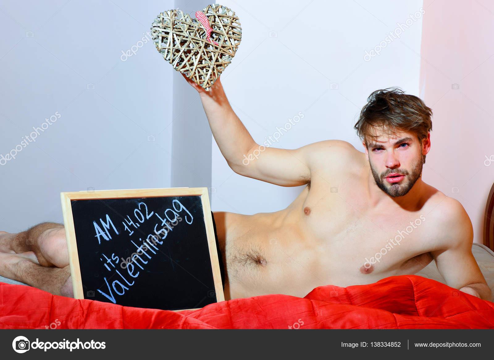 Надпись красивый и сексуальный