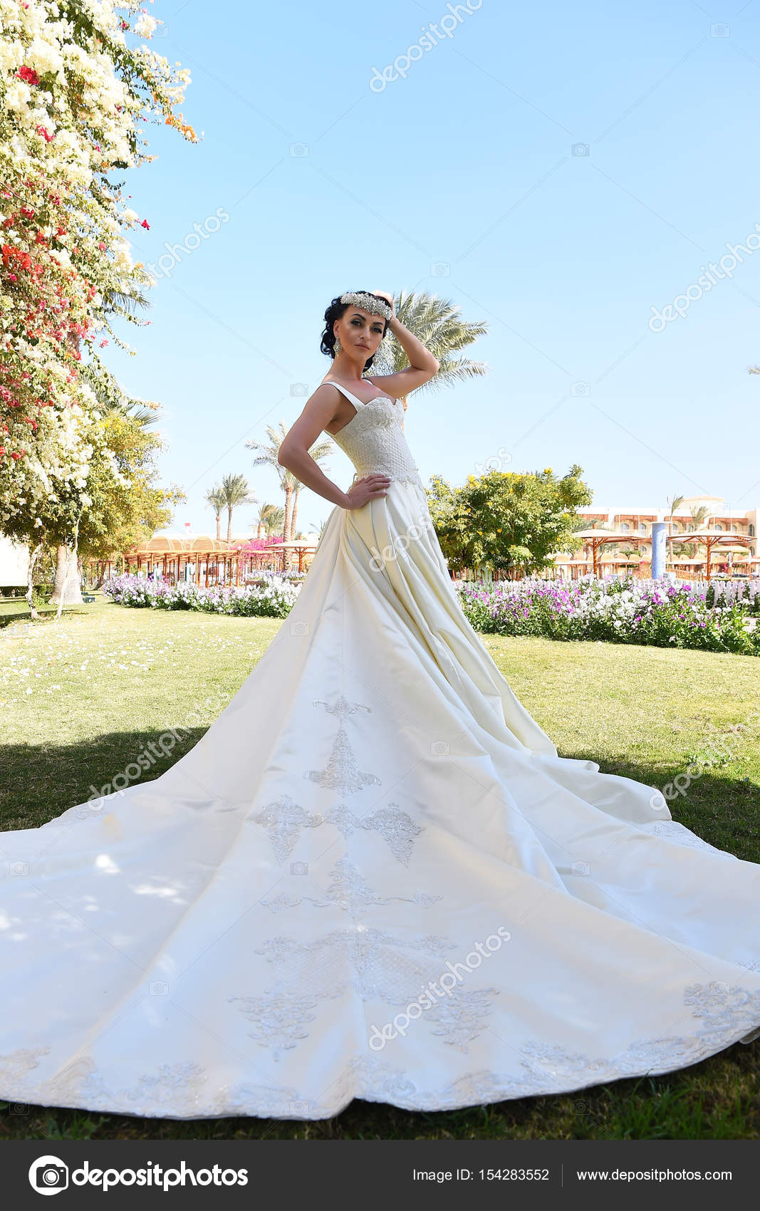 Сексі плаття для наречених
