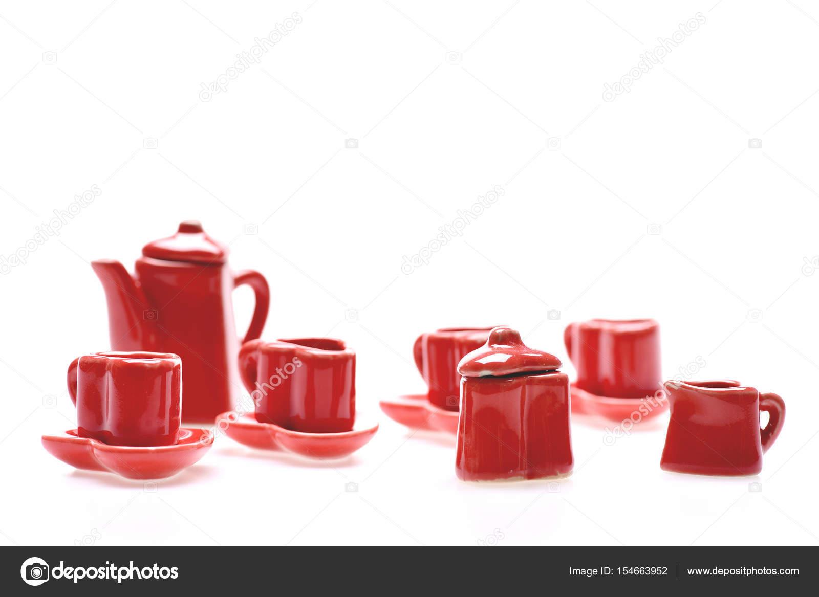 Romántico conjunto de pequeños utensilios de cocina rojo — Foto de ...