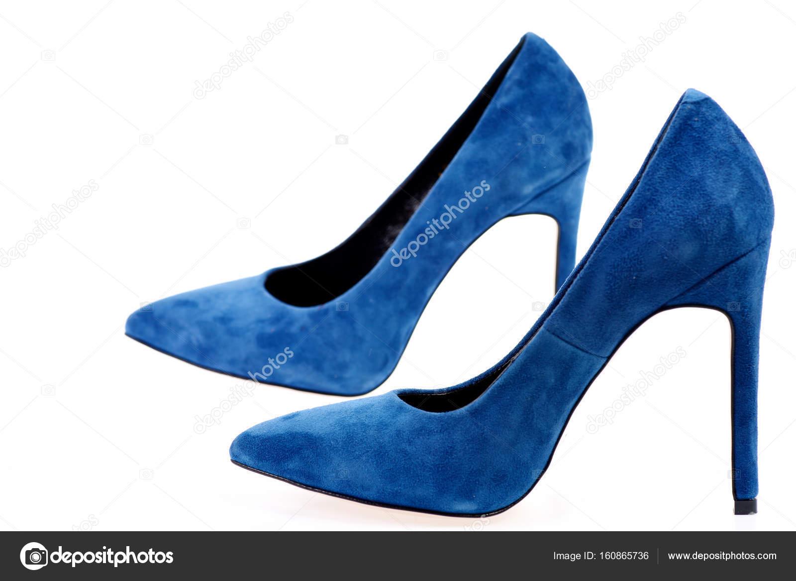 size 40 ee386 de711 Weibliche formale Schuhe: Lust auf blaue Schuhen isoliert ...