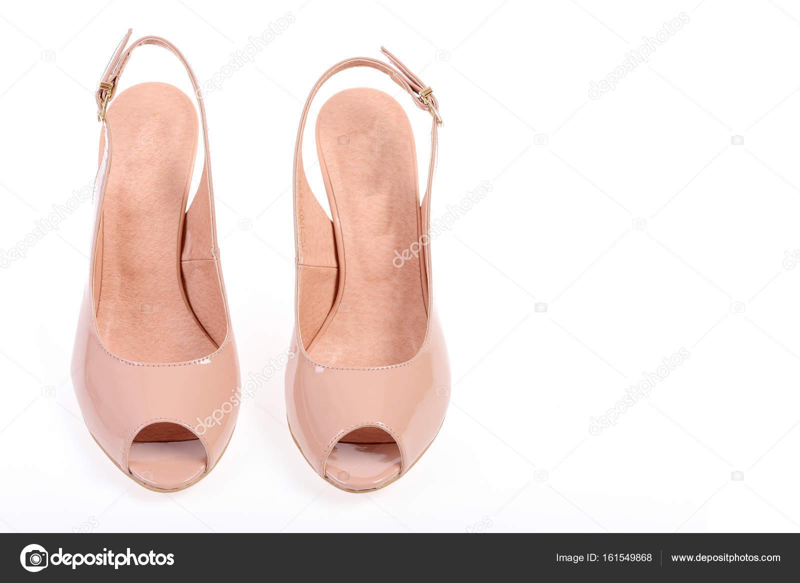 f29c0e74af8 Pár bot v růžové barvě. Letní doplňky  vysoký podpatek sandály. Dámské  lakové boty