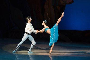 ballet dancers Aleksandr Stoyanov and Katerina Kukhar dancing during ballet Corsar