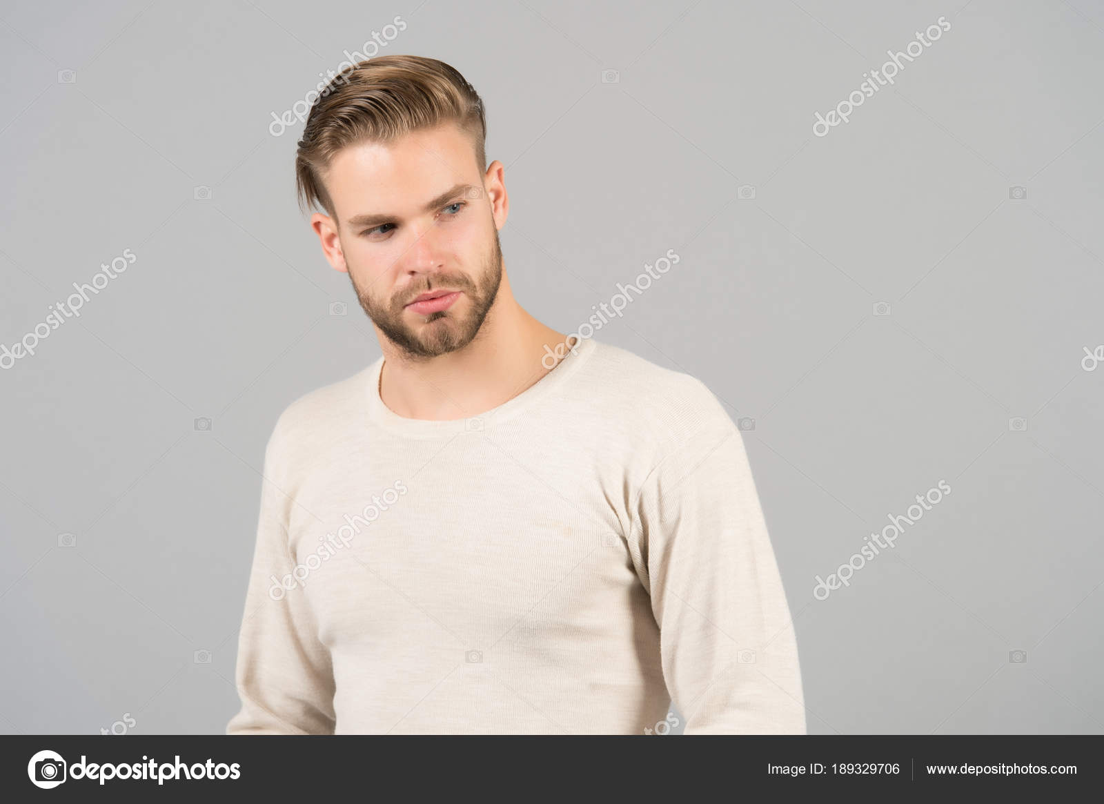 Cortes de pelo hombre rubio