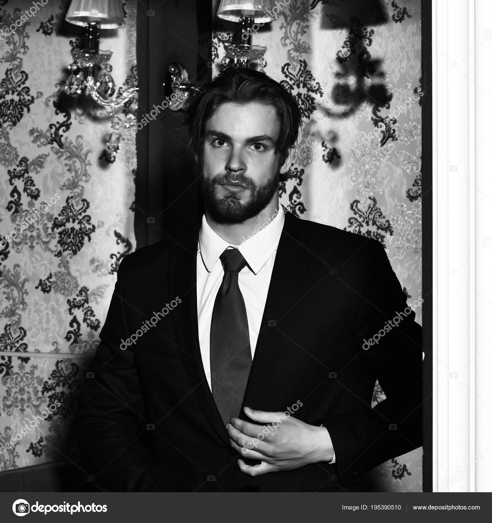 Beard Man Wallpaper Bearded Man Businessman In Suit And