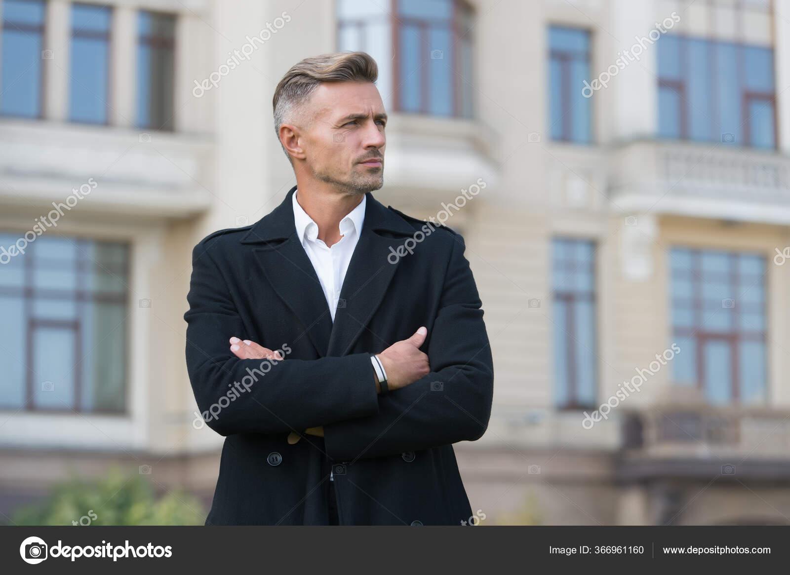 külsejű férfi öltöny egyetlen lakás hoyerswerda