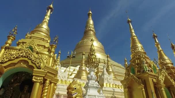 Shwedagon pagoda, Yangon, Mianmar