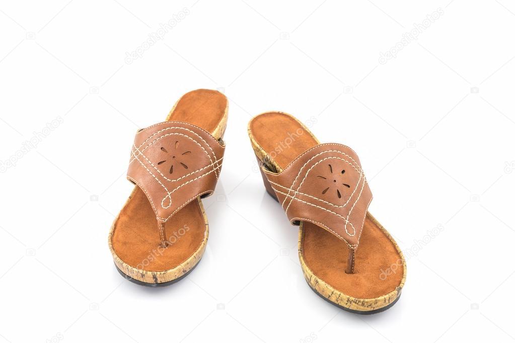 1b17a1aa7 depositphotos_125566558-stockafbeelding-bruine-dames-schoenen.jpg