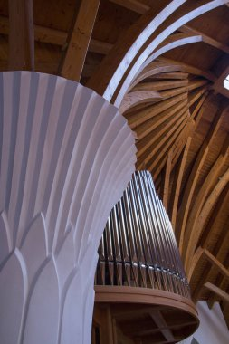 Cskszereda Miercurea ciuc April 21, 2018 Bud-shaped columns and curved wooden beams surround the organ in the Millennium Temple.